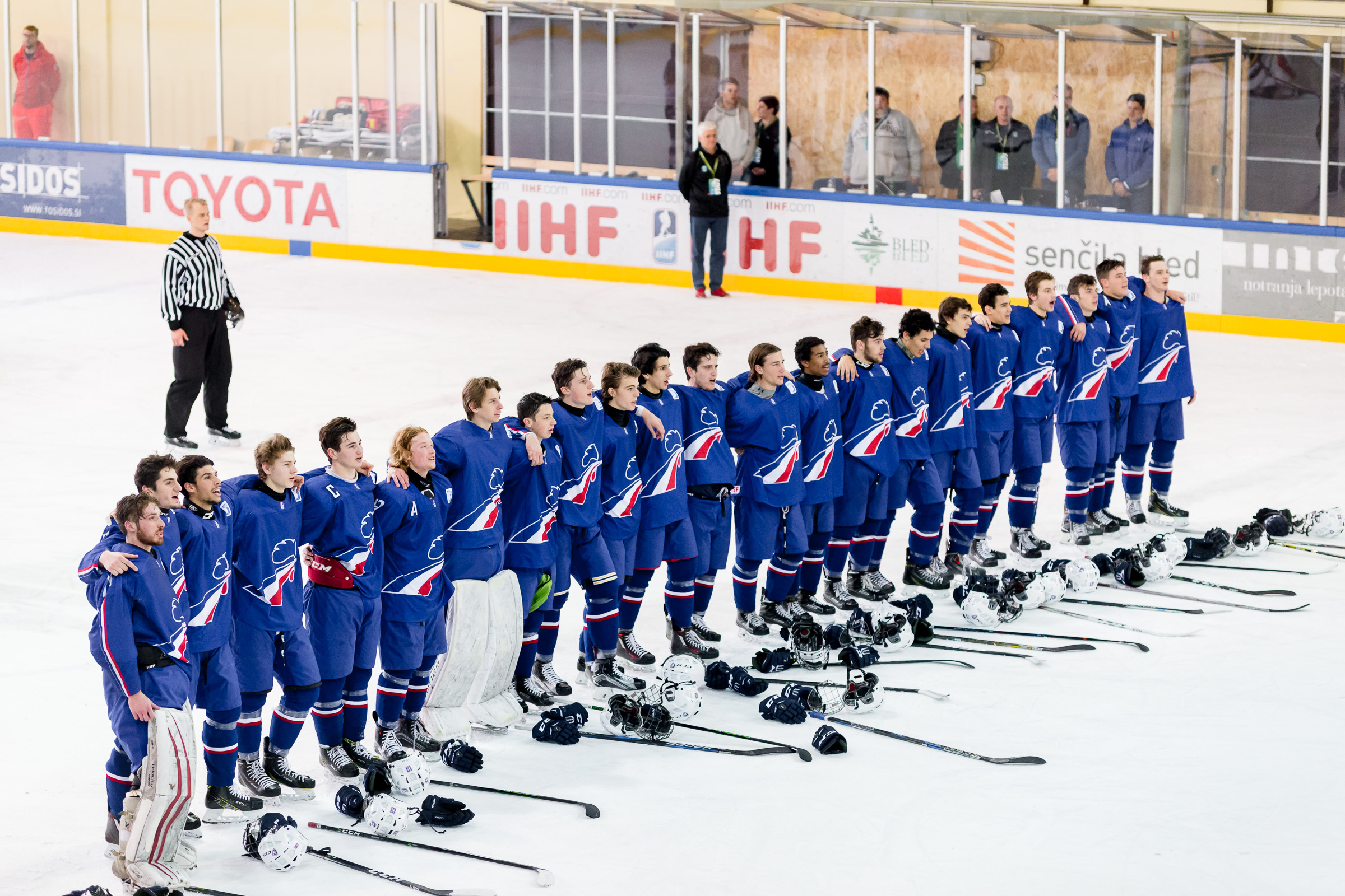 Historic Gold For France Wm18ia International Ice